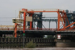 ijsselbrug dichtbij.JPG-for-web-large